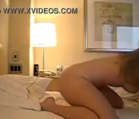Amateur horny couple cant get enough